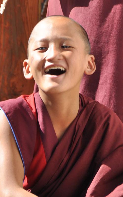 Bhutan Mönch in Ausbildung